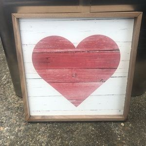 Wood heart decor